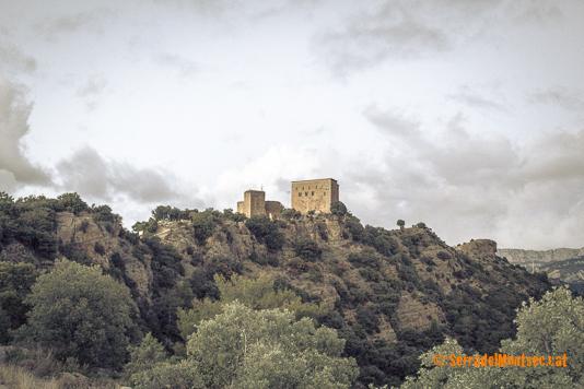 Vista del Tossal on s'ubica el Castell de Llordà. Isona i Conca Dellà. Conca de Tremp, Pallars Jussà. Lleida, Catalunya.