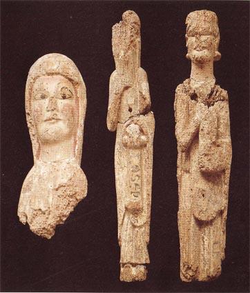 Figures del Frontal de l'altar de Sant Jaume de Cas actualment conservades al Museu de Lleida. Torres de Cas, Àger. La Noguera, Lleida. Catalunya, Montsec d'Ares.
