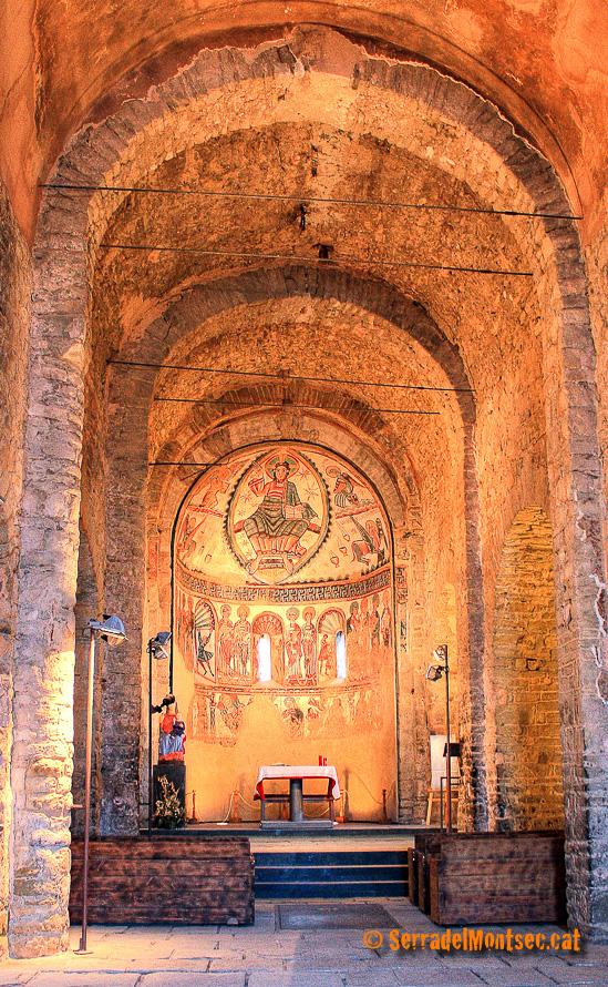 Santa Maria de Mur, Castell de Mur. Pallars Jussà, Lleida. Catalunya. Montsec de l'Estall.