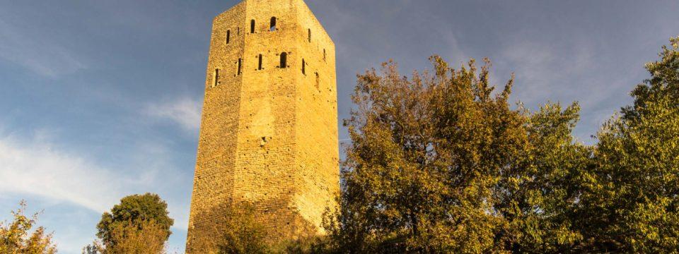 Torre del Castell de Lluçars.