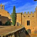 Castell de Montsonís i església de Santa Maria de Montsonís. Foradada, La Noguera. Lleida, Catalunya. Montsec de Rúbies (o de Meià).