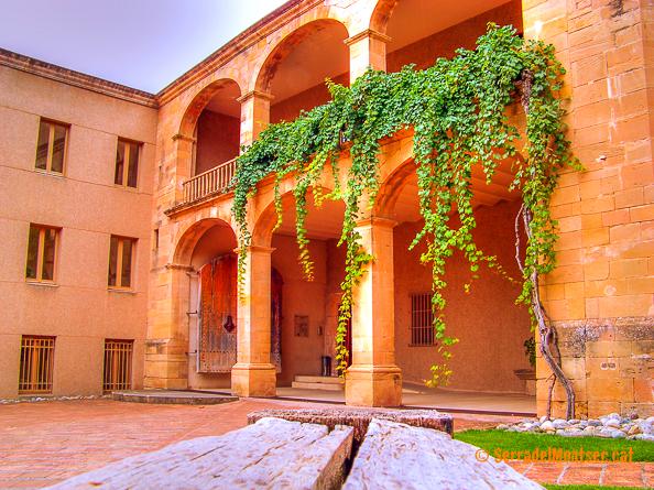 Monestir d'Avellanes. Os de Balaguer, La Noguera. Lleida, Catalunya. Montsec.