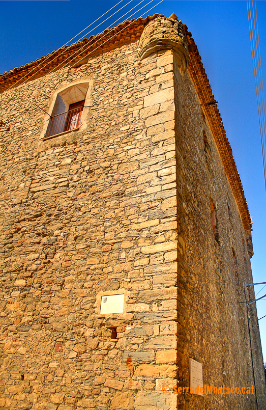 Casal dels barons de Castellnou. Castellnou de Montsec, Sant Esteve de la Sarga. Pallars Jussà. Lleida, Catalunya. Montsec d'Ares.