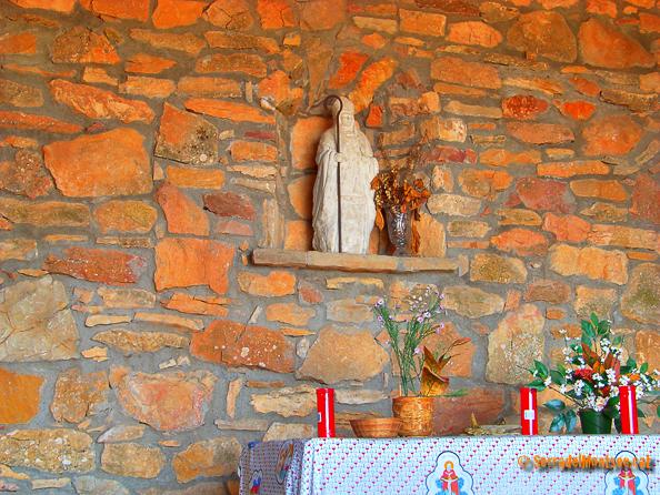 Cim, Ermita i Refugi de Sant Mamet. Alòs de Balaguer, Artesa de Segre i Vilanova de Meià. La Noguera. Lleida, Catalunya Montsec de Rúbies.